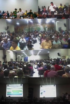 Fotos de la reunión 06/10/2007 con el Director de Protección Civil en el auditorium de Los Samanes