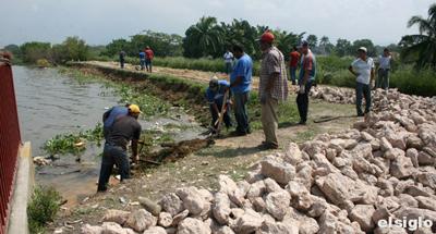 Recomiendan desalojo de los habitantes de Mata Redonda. El Siglo 01-10-2010